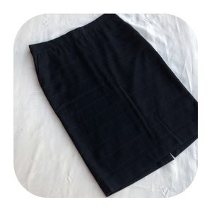 6/$15 Old Navy size 2 skirt